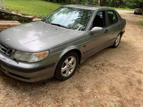 01 Saab 9-5 with turbo for sale in Winchendon, MA