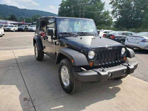 2008 Jeep Wrangler Unlimited X 4x4 4dr SUV EVERYONE IS APPROVED! for sale in Vandergrift, PA