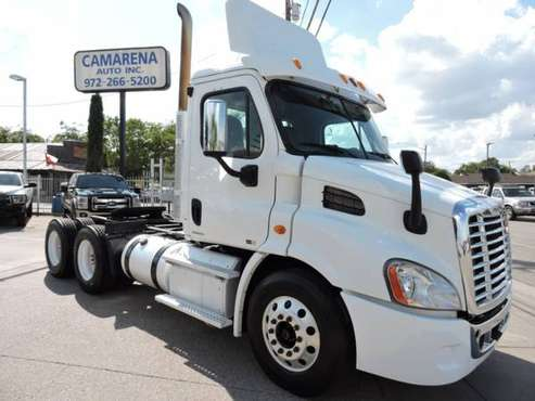 2011 FREIGHTLINER CASCADIA DAYCAB DD13 with for sale in Grand Prairie, TX