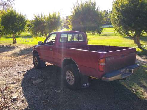 1998 Toyota Tacoma, $4000. 4x4, 5 speed, for sale in Fallbrook, CA