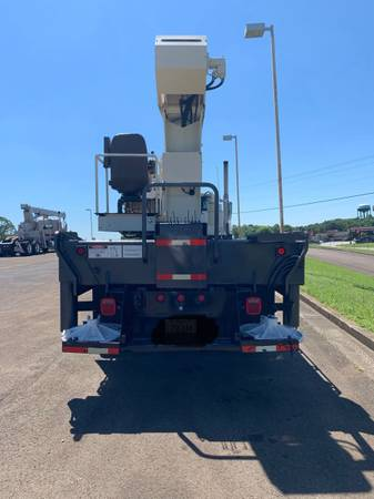 2002 Sterling National 1300 Series 30 Ton Crane Truck Boom Truck-... for sale in Jasper, MS – photo 7