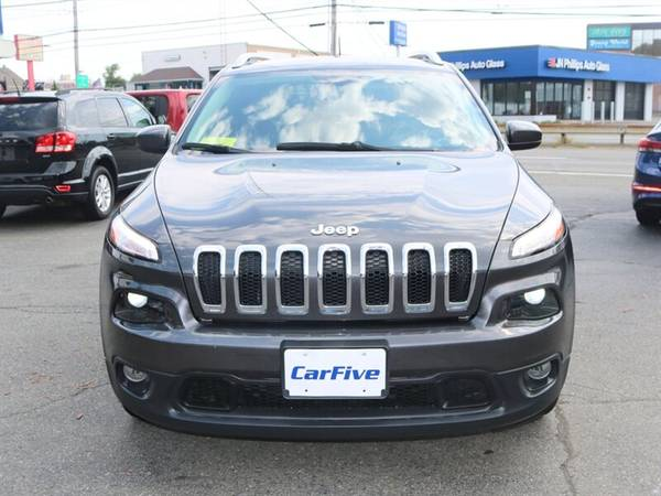 2017 Jeep Cherokee Latitude - BLUETOOTH - BACK UP CAMERA & MORE for sale in Salem, MA – photo 8