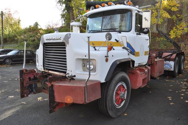 1997 mack 600 roll off for sale in westwood nj, NJ – photo 6