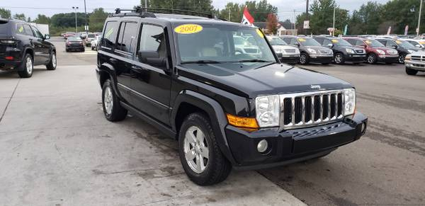 LEATHER 2007 Jeep Commander 4WD 4dr Sport for sale in Chesaning, MI – photo 3
