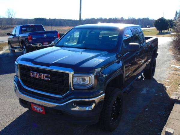 2018 *GMC* *Sierra* *1500* *Crew* - cars & trucks - by dealer -... for sale in Alexandria, SD – photo 3