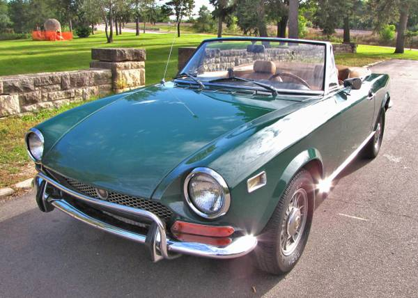 1972 Fiat 124 Spider, Classic Sportscar in Solid Condition for sale in Minneapolis, MN