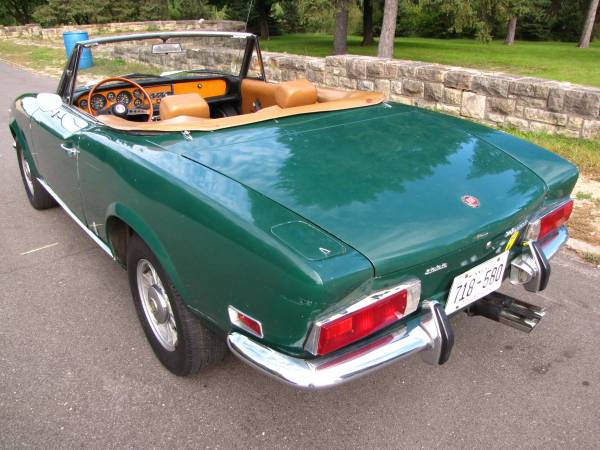 1972 Fiat 124 Spider, Classic Sportscar in Solid Condition for sale in Minneapolis, MN – photo 3