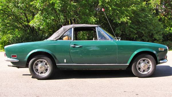 1972 Fiat 124 Spider, Classic Sportscar in Solid Condition for sale in Minneapolis, MN – photo 6