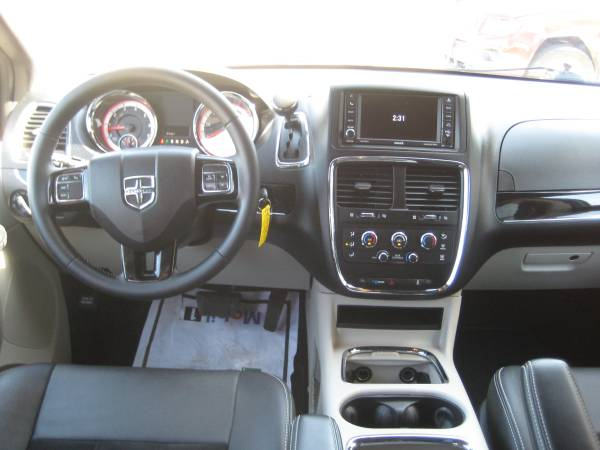 2017 Dodge Grand Caravan GT for sale in Des Moines, IA – photo 9