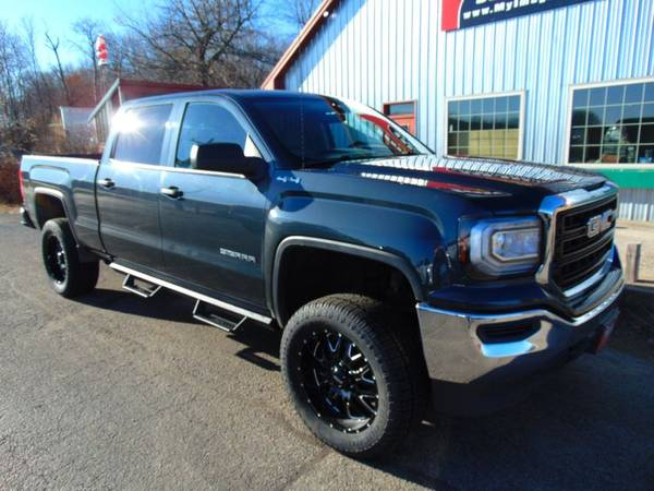 2018 *GMC* *Sierra* *1500* *Crew* - cars & trucks - by dealer -... for sale in Alexandria, SD – photo 2