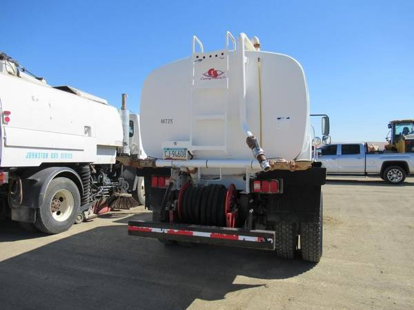 2007 Freightliner M2 Business Class Water Truck for sale in Coalinga, CA – photo 7