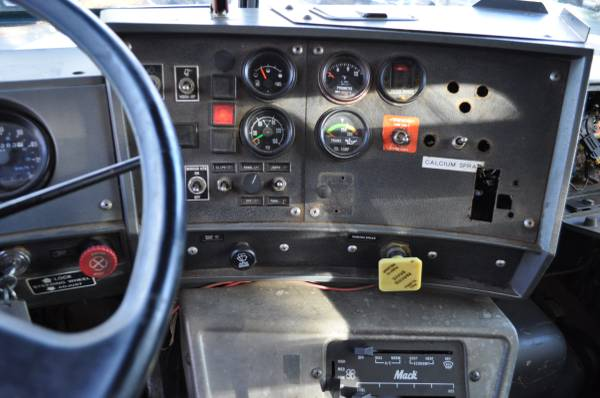 1997 mack 600 roll off for sale in westwood nj, NJ – photo 11